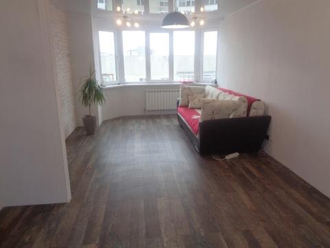 2 комнатная квартира с хорошим ремонтом на улице Кленовой,7 - Фото 1