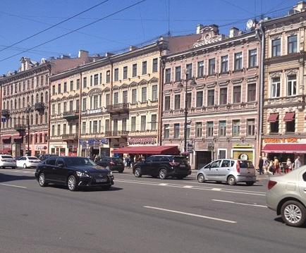 Невский пр. Продажа торгового помещения.