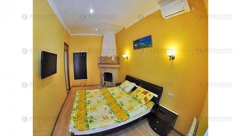 Продается двухкомнатная квартира с двориком в центре - Фото 5