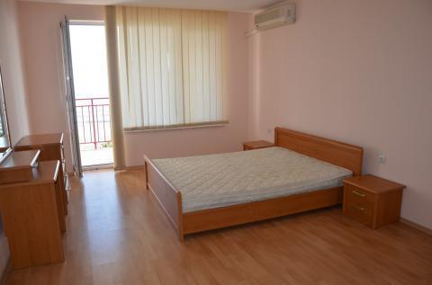Трехкомнатная квартира у моря в Болгарии - Фото 3