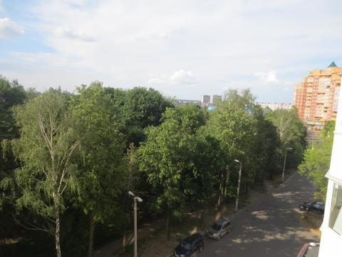 Сдаётся уютная 2 к. кв. в городе Серпухов, ул. Ворошилова, дом 143б - Фото 3