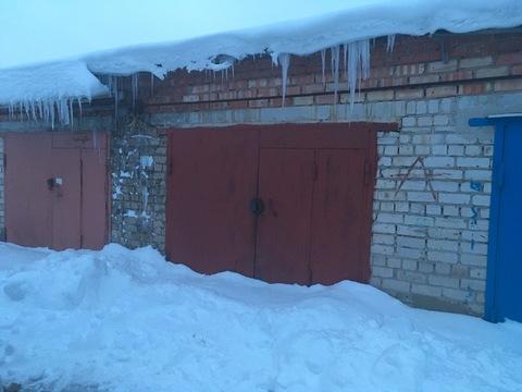 Продается чистый отапливаемый кирпичный гараж в гк «Cтроитель» - Фото 1