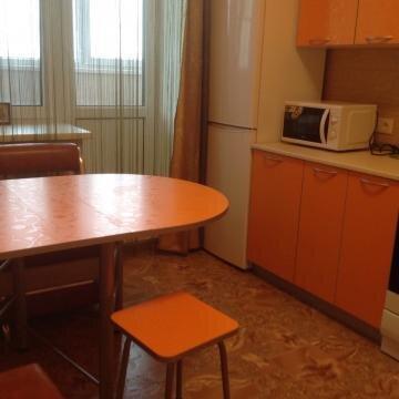 Комната для 2 чел. с хорошим ремонтом ул. Быковская - Фото 1