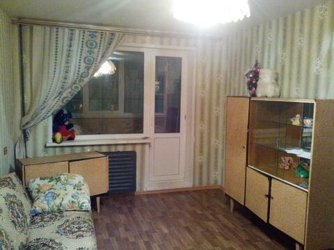 Комн 18 кв.м. с застекленной лоджией в 2-ке упе все раздельно, кухня 9 - Фото 1