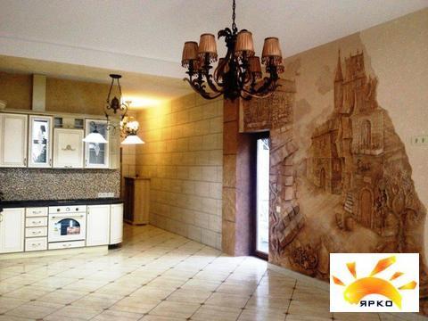 Квартира в Алупке, дизайнерский ремонт, парковая зона - Фото 1