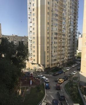 Сдается 4-х комнатная квартира на ул. Белоглинская, дом 21/31 - Фото 1