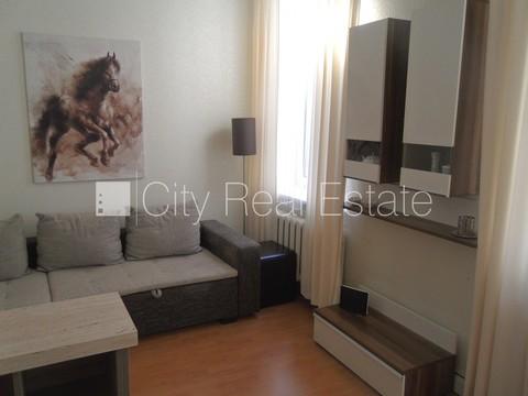 Продажа квартиры, Улица Арсенала - Фото 1