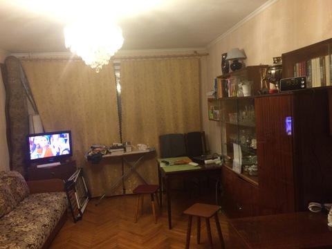 Однушку рядом с м.Каховка на Азовской ул. в блочной 9-ти этажке - Фото 2