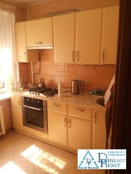 Продаю двухкомнатную квартиру с хорошим ремонтом - Фото 1