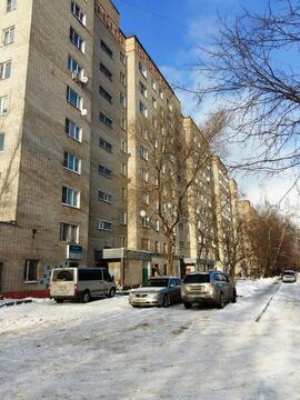 Квартира в Климовске, 3-х комнатная, кухня 8,3 кв.м. - Фото 1