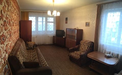 Продажа двухкомнатной квартиры в п.Калининец - Фото 1