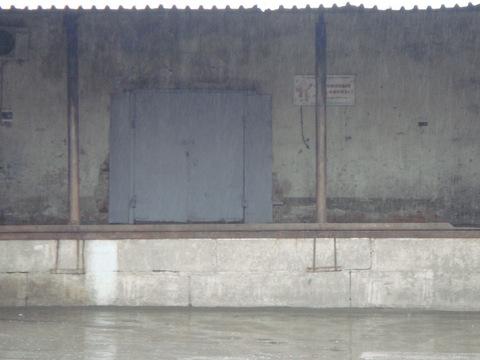 М.Беговая д.7 В 10 м.п. Сдается склад 100,9 кв.м пандус. - Фото 1