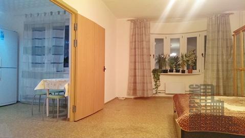 Просторная квартира с мебелью и техникой у метро в Москве - Фото 1