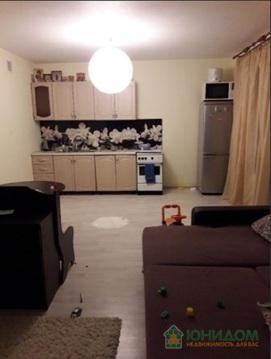 2 комнатная квартира в новом доме с ремонтом, ул. Голышева, д. 10 - Фото 2