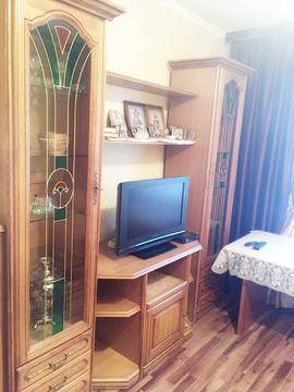 Продается 2-комнатная квартира, п. Быково, ул. Опаринская, д. 3к2 - Фото 1