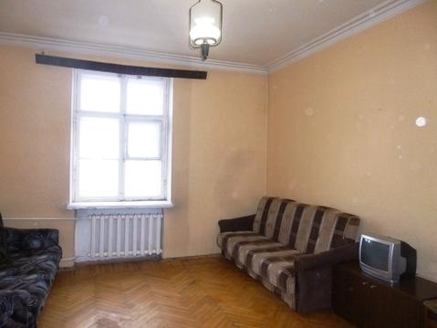 Комната в трехкомнатной малонаселенной коммуналке - Фото 2