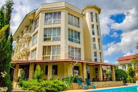 Продам гостиницу 1248 кв.м, 29 номеров, 500 м. от моря, пер. . - Фото 1