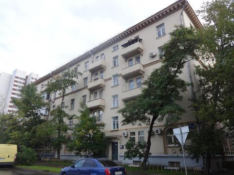 Большая, красивая и уютная 3-х комнатная квартира в сталинском доме! - Фото 2