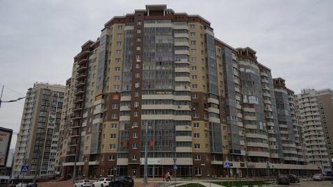 Видовая Крупногабаритная Трехкомнатная Квартира в Новостройке. - Фото 1