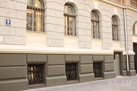 Псн фасадное помещение в Риге в доме Югендстиля на ул. Альберта - Фото 2