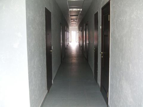 Сдается ! Офисное помещение 22,7 кв.м Первая линия, Парковка, Охрана. - Фото 3