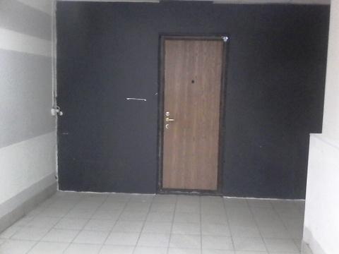 Помещения в цоколе жилого дома, 37 и 38 кв.м. Подходят под торговлю. - Фото 4