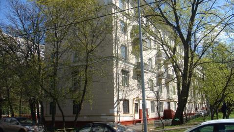 Комната 17м2 с ремонтом в сталинском доме. - Фото 1
