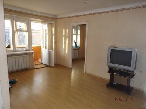 Продается 2-комнатная квартира на 5-м этаже 5-этажного кирпичного дома