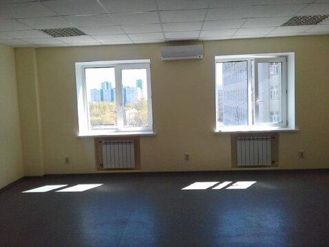 Сдается в аренду офис, 51,7 м2, на 5-ом этаже БЦ на ул.Родионова - Фото 1