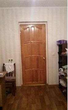 Продается комфортная комната с мебелью в кирпичном доме.