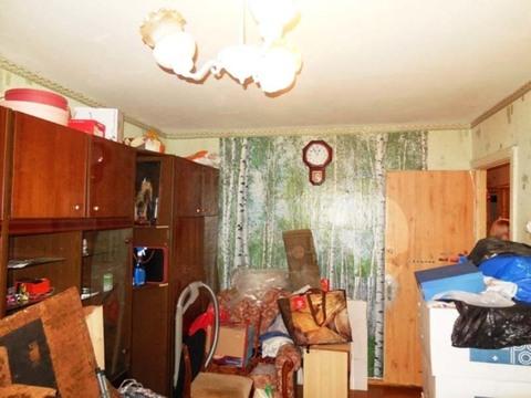 Комната 18 (м2) в 3-х комнатной квартире. Этаж: 1/5 панельного дома. - Фото 2