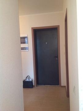 Продается 2-комнатная квартира на 1-м этаже в 3-этажном монолитном нов - Фото 1