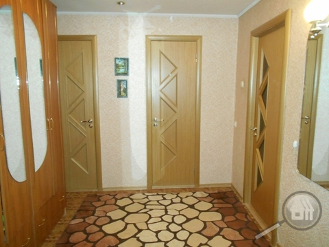Продается 2-комнатная квартира, ул. Воронова - Фото 3