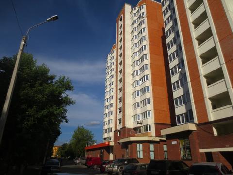 Сдаётся уютная 2 к. кв. в городе Серпухов, ул. Ворошилова, дом 143б - Фото 1