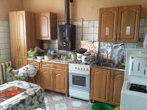 Продажа двухкомнатной квартиры с гаражом в Верее - Фото 1