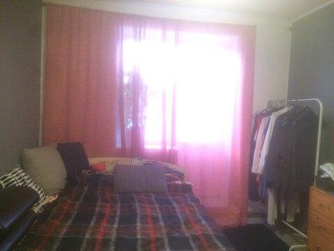 Продается 2-комнатная квартира на 3-м этаже в 3-этажном монолитно-кирп - Фото 2