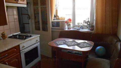 Ялта, ул.Халтурина, 2-комнатная квартира - Фото 3