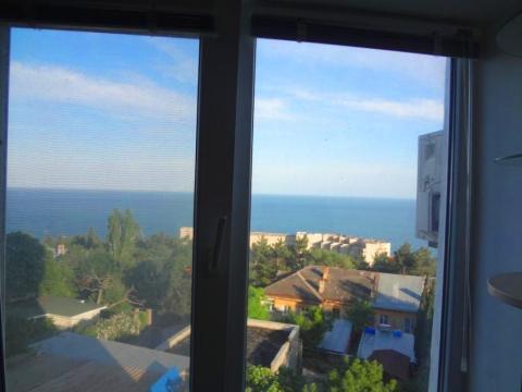 Просторная 4-х к.кв. в Алупке с видом на море - Фото 1