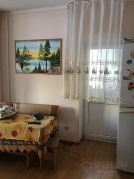 1 комнатная квартира в новом доме с ремонтом, ул. 50 лет влксм, д. 15 - Фото 2