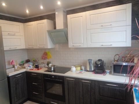 2 комнатная квартира с хорошим ремонтом на улице Кленовой,7 - Фото 3