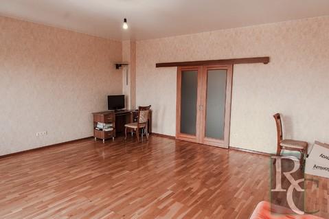 Видовая двухкомнатная квартира в центре Севастополя. - Фото 5