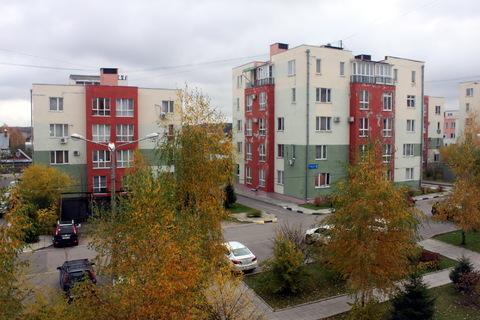 Квартира с евроремонтом в малоэтажном ЖК Радужный, Троицк - Фото 2