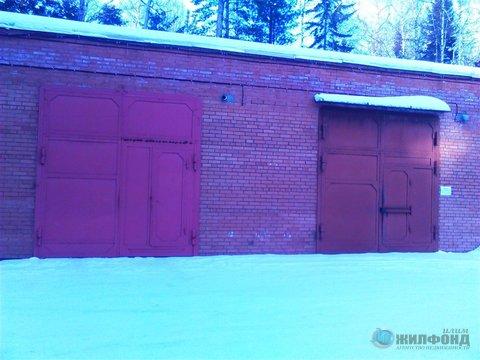 Продажа гаража, Усть-Илимск, Ул. Героев Труда - Фото 1