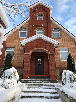 Продам: дом 303 кв.м. на участке 12 сот. - Фото 1
