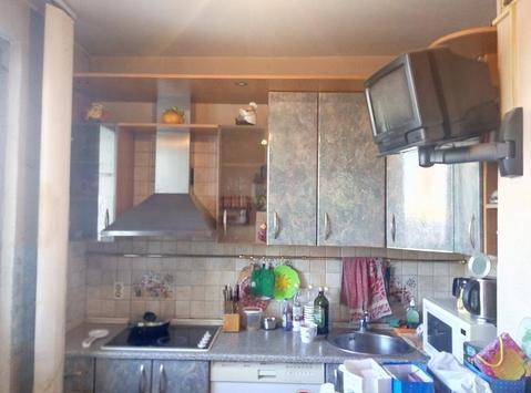 Продается двухкомнатная квартира, комнаты изолированные, выход на лодж - Фото 1