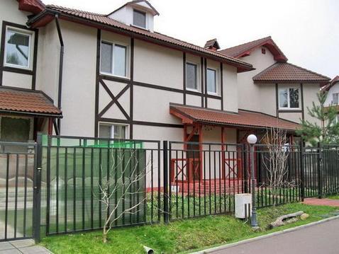 4-х комн. квартира в таунхаусе 230 кв.м в кп рядом с ЗЕЛАО г. Москвы - Фото 1