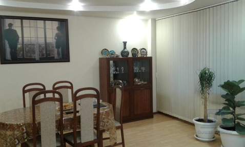 "Продажа 3-4 комнатной квартиры в доме магазина ""нива"" на Сельмаше - Фото 1"