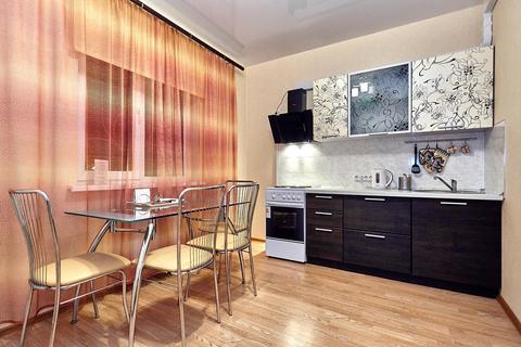 Двухкомнатная квартира посуточно на Баскет Холле, Соколова 86 - Фото 4