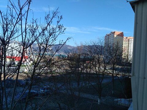 Уютная однокомнатная квартира в самом лучшем районе города Новоросс. - Фото 1