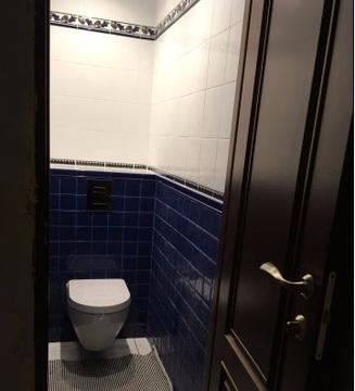 Продаю 3-комнатную квартиру 70 кв.м. этаж 4/6 переулок Литейный - Фото 1